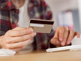 信用卡取现和套现哪个更划算?能用信用卡取现就不要套现了!