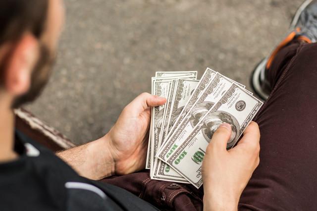 走投无路急用钱又借不到怎么办?快速拿钱的小建议!